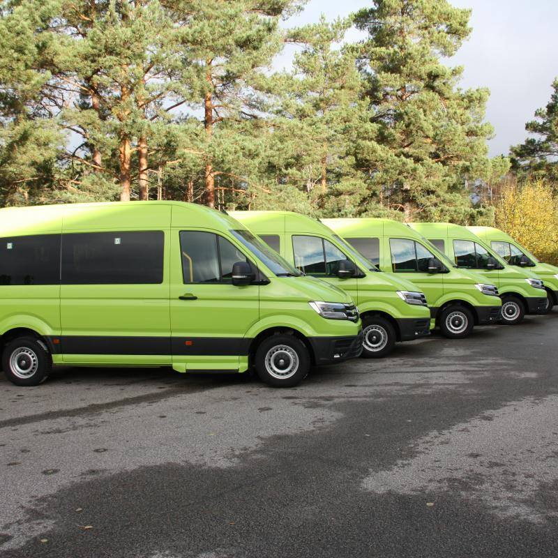 Conversion of electrical Volkswagen Crafter to minibus
